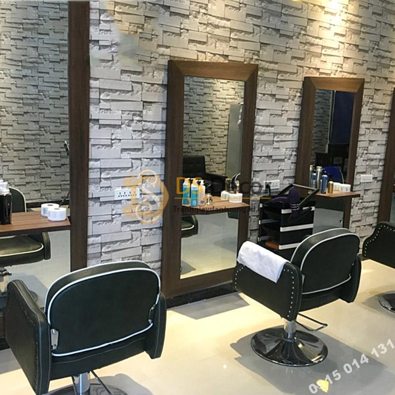 Trang trí tiệm tóc nhỏ bằng giấy dán tường giả gạch